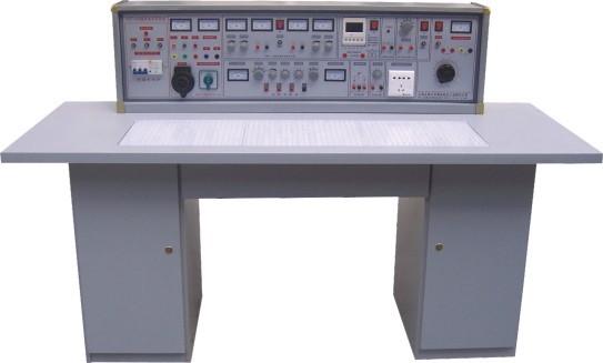 通用电路板演示屏立在实验台上,尺寸为160×70cm.用于讲解,演示.
