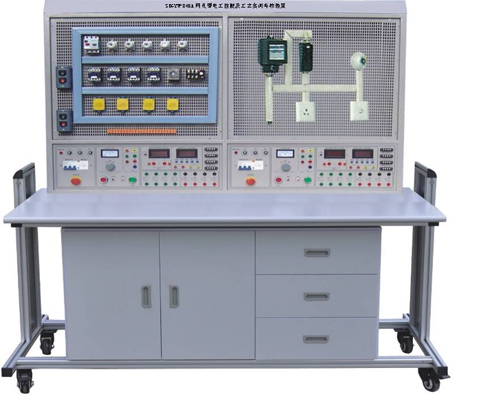 操作者根据实训线路进行元器件的布局,安装,走线,接近工业现场,有利于